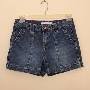 Tommy Hilfiger Petite 8 Shorts